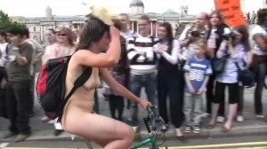 20090613_wnbr_WorldNakedBikeRide_london_007