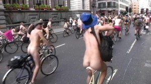 20090613_wnbr_WorldNakedBikeRide_london_030
