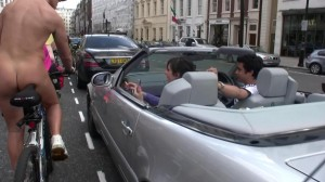 20090613_wnbr_WorldNakedBikeRide_london_043